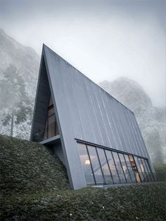 Triangle Cliff House
