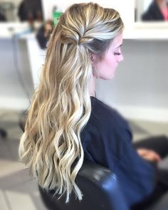 See this Instagram photo by @hairbyallih • 239 likes