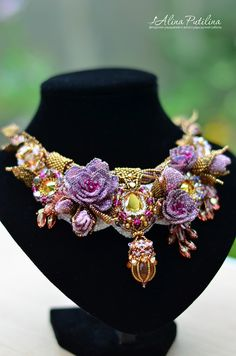 Embroidery Ribbon Necklace with roses, Beaded jewelry, Beadwork, Embroidery jewelry - Seed Bead Necklace, Seed Bead Jewelry, Beaded Earrings, Boho Jewelry, Jewelry Crafts, Jewelry Art, Earrings Handmade, Beaded Jewelry, Handmade Jewelry