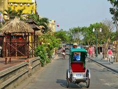 Muitas vezes referida como a cidade mais bonita do Sudeste Asiático, Hoi An é seguramente um destino a incluir num itinerário de viagem pelo Vietnam.