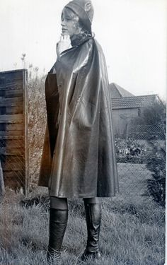 Rubber cape