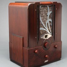 "Majestic Model 174 Tombstone Tube Radio w/ ""Tune-O-Stat"" Station Preset Feature - Radios"