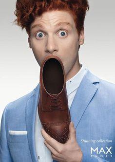 """巧妙利用鞋的空洞充当人惊讶时张大的""""嘴巴"""",可见去MAX买鞋实在让人惊喜连连。"""