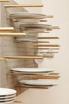 ME GUSTA PARA COPAS!!!! mueble de cocina de pared GESCHIRRMÖBEL Pühringer GmbH & Co KG Que buena idea!