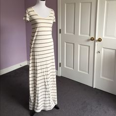 SPLENDID Maxi Dress-NEW BETTER PHOTOS Like new cream and gray stripe maxi dress from Splendid.  Fully lined.  36% cotton/36% modal/28% polyester.  V-neck, short sleeves.  I own 2 more of these in other colors and LOVE them on hot summer days when you want to look polished yet cool and comfortable.  I bought this one here on Poshmark advertised as white and grey, but it is a warm white so not too great on me.  Great dress, just in time for summer! Splendid Dresses Maxi