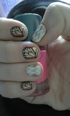 I love this gold manicure made from a combination of Edgy and Butterfly Effect Jamberry nail wraps!