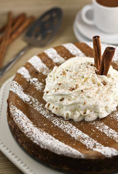 Sprinkle Bakes: Pumpkin Spice Latte Cheesecake