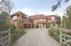 Harberton Mead, Headington. Sold by our Headington residential sales team. Contact them on 01865 759500 or by email at sales@scottfraser.co.uk in March 2012.