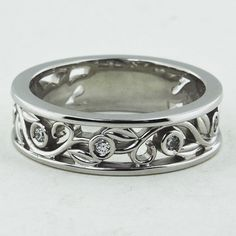 LEAVES AND BUDS DIAMOND RING
