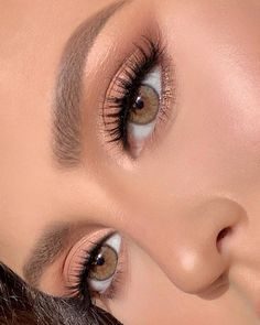 """The prettiest eyes sparkle from the inside out. ✨✨✨ _ """"Brown Sugar"""" Contacts _ Ardell Be. - The prettiest eyes sparkle from the inside out… ✨✨✨ _ """"Brown Sugar"""" Contacts _ Ardell Beauty faux mink 857 - Soft Eye Makeup, Makeup Eye Looks, Make Makeup, Natural Makeup Looks, Prom Makeup, Makeup For Brown Eyes, Eyeshadow Makeup, Wedding Makeup, Natural Eyes"""