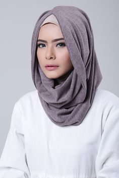 Rosy Brown Lacoste, Cosy Outfits, Shawl, Hoodie, Hijabs, Showroom, Ann, Comfy, Thoughts