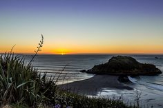 New Plymouth NZ Sunset by Quick Shot Photos, via Flickr