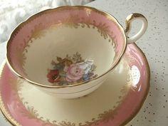 Antique pink rose tea cup ♥
