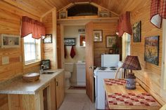 I love this tiny house interior!!!    Portable spaces by Steve    https://www.facebook.com/PortableSpacesBySteve?fref=ts#!/photo.php?fbid=406029192742065=pb.388118771199774.-2207520000.1352421374=3