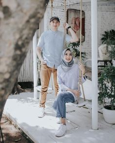 Ideas For Bridal Photography Outdoor Brides Pre Wedding Poses, Pre Wedding Shoot Ideas, Pre Wedding Photoshoot, Wedding Couples, Muslim Couple Photography, Bridal Photography, Cute Muslim Couples, Foto Wedding, That Way