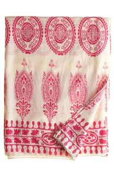 Indian block print on linen. sarong, table cloth, table runner, or wide scarf. Textile Fabrics, Textile Patterns, Textile Design, Print Patterns, Objets Antiques, Indian Block Print, Indian Textiles, Surface Design, Printing On Fabric