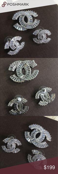 Custom jewelry Beautiful earring with shiny cubic Zirconia. Jewelry Earrings