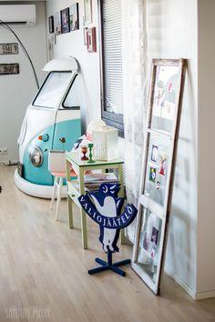 KEVÄTTÄ RINNASSA JA OLOHUONEESSA/ Santun Maja -blog, #vw #volkswagen #kleinbus #decoration #livingroom #decorationideas #volkswagenbus