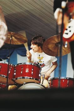 Keith Moon performing at Windsor Festival, 30 July 1966. © David Redfern & Jim Barron