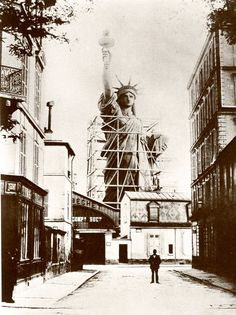 Statue of Liberty construction in Paris
