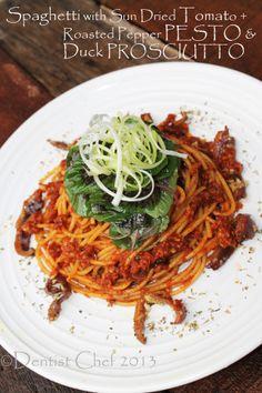 Sun Dried Tomato & Roasted Pepper Pesto Spaghetti Pasta with Duck Prosciutto Olive Recipes, Garlic Recipes, Meat Recipes, Italian Recipes, Vegetarian Recipes, Beef Sticks Recipe, Octopus Recipes, Pumpkin Risotto, Spiced Beef