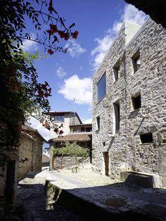 Galería - Transformación de una casa de piedra en Scaiano / Wespi de Meuron Romeo architects - 12