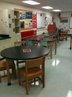 High school biology classroom re-organization for interactive science notebook use.