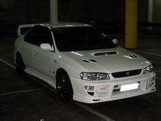 Subaru Impreza STi had this car once. Sexy Cars, Hot Cars, Tokyo Drift Cars, Subaru Impreza Sti, Slammed Cars, 5 Rs, Street Racing Cars, Pretty Cars, Tuner Cars
