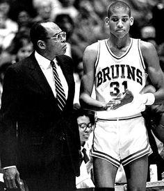 Reggie Miller and Coach Walt Hazzard College Basketball, Basketball Players, Reggie Miller, Vintage Sport, Best Games, Old School, Legends, Bb, Sports