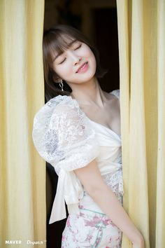 Oh My Girl will release their Mini Album titled NONSTOP on April We already got the first group teaser photo (with Mimi and her purple hair drawing the attention), and Naver x Dispatch Oh My Girl Jiho, Oh My Girl Yooa, Arin Oh My Girl, Iu Short Hair, Short Hair Styles, Photos Hd, Kpop, Kim Min, How To Draw Hair