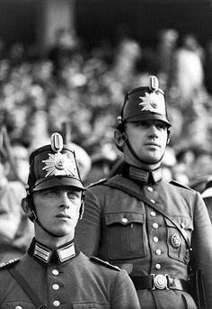 Berliner Polizei, 1936. Paul Wolff Jeux
