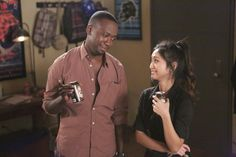 """New Girl """"Cooler"""" S2EP15"""