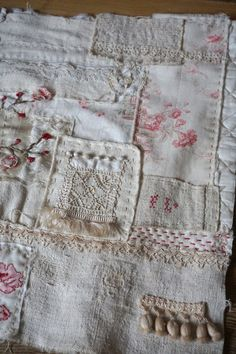 Hand Embroidery Designs, Applique Designs, Fabric Art, Fabric Crafts, Quilting Projects, Sewing Projects, Sewing Stitches, Applique Quilts, Vintage Quilts