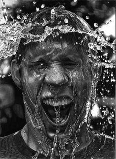 Splash | photography black & white . Schwarz-Weiß-Fotografie . photographie noir et blanc | @ V-4-Vengeance |
