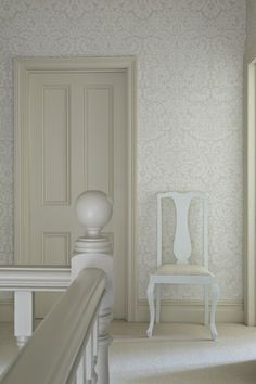 Off-White Trim Colors  Door & Skirting: Joa's White No. 226 Estate Eggshell  Read more: http://www.katyelliott.com/blog/2010/02/off-white-trim-colors.html#ixzz2XXqcC94I