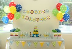 LOVE this! Thinking of doing this for Landon's 4th birthday party!