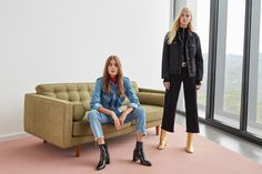 Discover the latest trends in Mango fashion, footwear and accessories. Shop the best outfits for this season at our online store. Mango Fashion, Aw17, Parisian Style, Fast Fashion, Fashion Addict, Jeans, Latest Trends, Cool Outfits, Fashion Photography