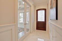 Foyer Living Space, Interior
