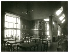Newcastle University Library in 1926 //