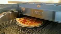Visit us at Vovito Seattle in the Executive Hotel Pacific to try our new Vovito Pizza, fresh out of the oven!