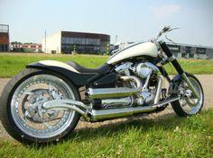 (zwaar omgebouwde Yamaha Wildstar 1600) Custom Bikes, Motorbikes, Yamaha, Motorcycle, Vehicles, Custom Motorcycles, Motorcycles, Motorcycles, Car