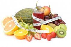 ¿Qué frutas nos ayudan a bajar de peso?