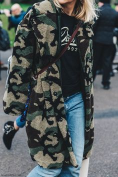 cool Street Style LFW III by http://www.globalfashionista.xyz/london-fashion-weeks/street-style-lfw-iii-4/