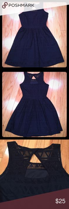 Navy Skater Dress w/ Keyhole Super cute navy skater dress with subtle  geometric design and keyhole back. Hidden side zipper - Size Small. Dresses