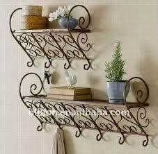 Resultado de imagen de jardinera de hierro para ventanas