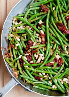 Foodie Friday – Green Beens with Olives and Sun Dried Tomotoes.  Recipe by: Cafe Johnsonia.  www.4men1lady.com