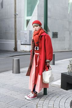Top 12 Street Style Outfits Straight From Tokyo [March Edition] streetwear supreme hypebeast mens fashion fashion sneakers of Asian Street Style, Tokyo Street Style, Japanese Street Fashion, Cool Street Fashion, Street Styles, Seoul Fashion, Tokyo Fashion, Japanese Streetwear, Matches Fashion