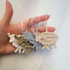 Adorable Crochet Lambs - it was fun making these cute farm theme appliques