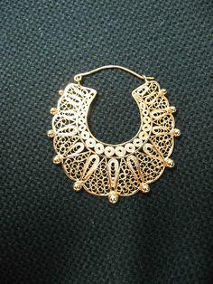 Filigree Jewelry, Metal Jewelry, Antique Jewelry, Silver Jewelry, Vintage Jewelry, Silver Rings, Silver Necklaces, India Jewelry, Filigree Design