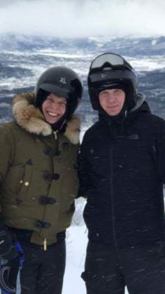 Gavin Degraw, Theme Song, Debut Album, Canada Goose Jackets, The Twenties, Winter Jackets, Singer, Guys, Winter Coats